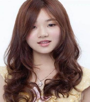 Model Rambut Wanita Bentuk Wajah Bulat