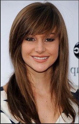 Trend model potongan gaya rambut wanita masa kini sesuai dengan bentuk wajah segitiga 2